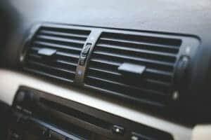 מעכרות מיזוג לרכב - פתחי אוורור